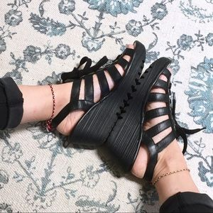 Fly London Shoes - Fly London Yito Black Leather Wedge Sandals 37